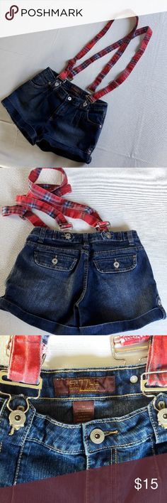 "Sizzle jeans shorts with optional suspenders Size 11 sizzle shorts with optional plaid suspenders  Measurements approximately  Front rise - 8"" Length - 11"" Inseam - 2"" Shorts Jean Shorts"