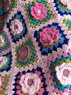 BLANKET with granny Squares Crochet Flower blanket Afghan