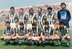 Fenerbahce-1987-88- Ayaktakiler: Hamdi Yıldırım, Nezihi Tosuncuk, Sedat Karaoğlu, Osman Denizci, İsmail Kartal, Can Barhan.  Oturanlar: Birol Altın, Erdi Demir, Rıdvan Dilmen, Bilal Şar, Önder Çakar.