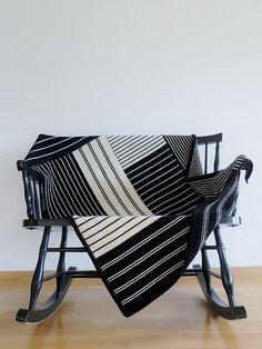 Ravelry: mustaavillaa's Laura's blanket