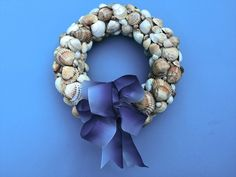 Kagyló koszorú Burlap Wreath, Hanukkah, Wreaths, Diy, Plant, Handmade, Home Decor, Do It Yourself, Hand Made