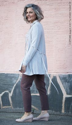 Ottobre Autumn/Winter Pieces 15 (shirt), 17 (sweater), and 16 (pants)undefined Fall Winter, Autumn, Cardigans, Sweaters, Normcore, Pullover, Sweatshirts, Pants, Style
