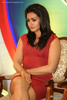 Catherine Tresa is an Indian film actress and mode in Telugu - Indian Bollywood Actress, Indian Film Actress, Header Pictures, Twitter Image, Latin Women, Tamil Actress Photos, Cute Beauty, Cover Pics, Gorgeous Hair