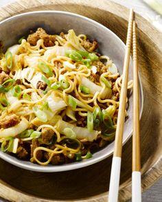 We haalden onze inspiratie in Azië, want daar weten ze maar al te goed hoe je snel en efficiënt een heerlijk gerecht op tafel kan zetten bomvol smaken!