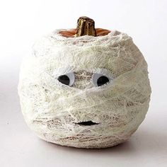 pretty pumpkins for halloween and fall decor