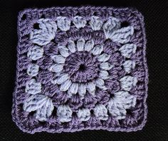 "Sunburst Granny Squares by Priscilla Hewitt  Finished size: 6"" (with variation for 7"")"