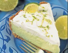 This page contains key lime pie recipes. Key lime pie is a classic summer treat and great way to use up surplus lime. Whether you are lucky enough to have lime tree in your backyard or have to buy them from the store, here are some recipes for you. Authentic Key Lime Pie Recipe, No Bake Desserts, Dessert Recipes, Dessert Ideas, Keylime Pie Recipe, Easy Pie Recipes, Lime Recipes, Summer Recipes, No Bake Pies