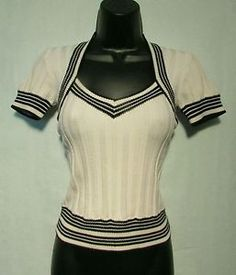 Sz-Small-Cache-Black-and-White-Top