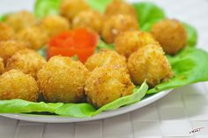 Dinner Friede Potato Balls Tasty And Easy Food Recipes For To Make At Home Cooking Videos For Beginners. Simple And Quick Junk Dishes. How To Make Fried Cris. Traditional American Food, Baby Food Recipes, Dinner Recipes, Food Baby, How To Make Potatoes, Thing 1, Crispy Potatoes, Tasty, Yummy Food