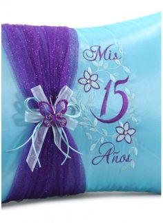 Quinceanera Photo Album Guest Book Kneeling Tiara Pillows Bible Q3033