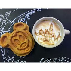 Pin for Later: 25 Photos All Disneyland Fans Must Take on Their Next Trip Mickey-Shaped Treats Disney Snacks, Disney Food, Disney Stuff, Disney Vacations, Disney Trips, Comida Disneyland, Disneyland Photos, Disneyland Resort, Vintage Disneyland