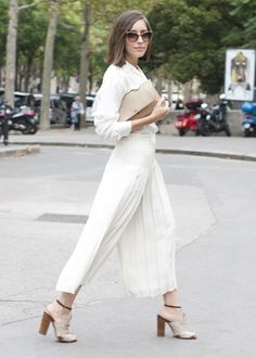 Try these two awesome ways of styling white monochrome garments http://www.the-coreport.com/2-head-turning-all-white-outfits-you-must-try/