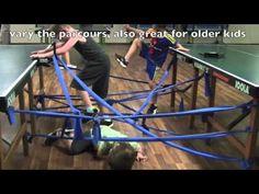 Bewegen met kleuters, kruip door het doolhof met linten / Preschool Learning Activities: Labyrinth with Therabands, Gymnastics for Toddlers Learning Games