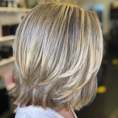 Layered Haircuts Shoulder Length, Medium Length Hair Cuts With Layers, Medium Layered Haircuts, Medium Hair Cuts, Medium Straight Hairstyles, Layered Hairstyles, Medium Layered Bobs, Straight Shoulder Length Hair Cuts, Thick Haircuts