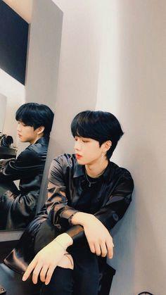 Cute Love Wallpapers, Im Youngmin, Lee Daehwi, Korean Group, Love You So Much, Debut Album, Kpop Boy, Boyfriend Material, Mix Match
