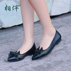 73.60$  Watch here - http://ali1gy.worldwells.pw/go.php?t=32700441297 - Fashion women's flat shoes genuine leather pointed toe shoes women's leather slip on shoes shallow mouth