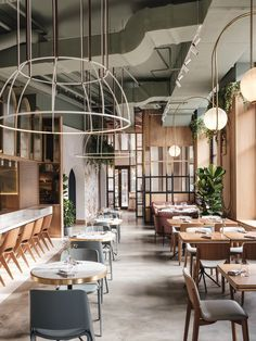 Dining area at Y restaurant in Moscow. – Dining area in Restaurant Y in Moscow. Cool Restaurant Design, Restaurant Concept, Restaurant Kitchen, Moscow Restaurant, Wardrobe Interior Design, Interior Design Tips, Design Thinking, Ottawa, Portfolio Design