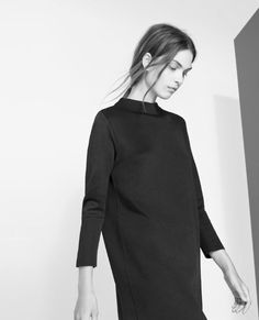 Minimal black dress: easy winter style | Fashion + Photography | Design: Zara |