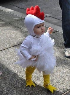 30 halloween costumes for kids/girl!Discover the biggest and best selection of unique Kids Costumes on the entire web? Find the best Halloween Costumes for kids Halloween Costume Patterns, Cute Costumes, Halloween Costumes For Kids, Costumes Kids, Costume Ideas, Homemade Halloween, Halloween Recipe, Best Baby Costumes, Best Toddler Halloween Costumes