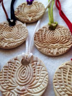 Aromatherapy Essential Oils Lotus Flower diffuser necklace 1 inch buff red clay disc by CraftyleftDee Ceramic Jewelry, Ceramic Beads, Ceramic Clay, Polymer Clay Jewelry, Ceramic Pottery, Essential Oil Jewelry, Best Essential Oils, Essential Oil Diffuser, Diffuser Jewelry