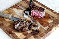 how-to video: cook the perfect steakhouse filet | 20something cupcakes