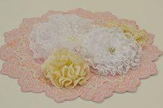 Paper Flourish - Lacey Flowers, artist Mandii van Brussel