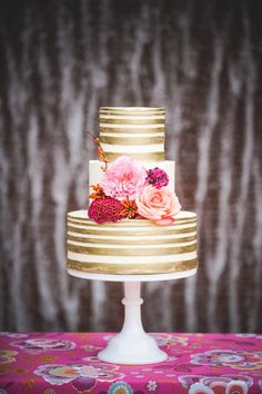 Chic gold pattern wedding cake; click to see more gorgeous cakes; via Sugar Bee Sweets Bakery;