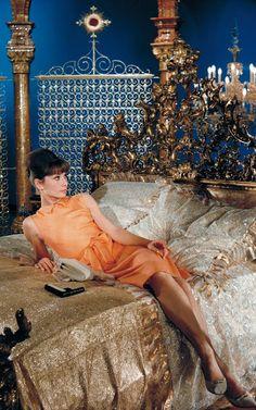 vintage everyday: Audrey Hepburn: 32 Iconic Style Moments of The Stylish Film Star