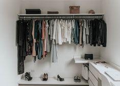 Small Closet: 100 Creative Ideas for Space - ChecoPie Make A Closet, Double Closet, White Closet, Simple Closet, Room Closet, Closet Space, Walk In Closet, Closets Pequenos, Sliding Cabinet Doors
