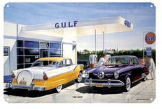 A reproduction of a painting done by Jack Schmitt featuring a Gulf oil Station. Its is reproduced on 24 gauge steel with a polyester coating. Pompe A Essence, Superman Costumes, Old Gas Pumps, Car Signs, American Auto, Old Gas Stations, Texaco, Model Train Layouts, Automotive Art