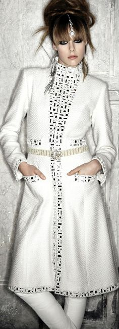 Chanel ● 2012 Paris-Bombay