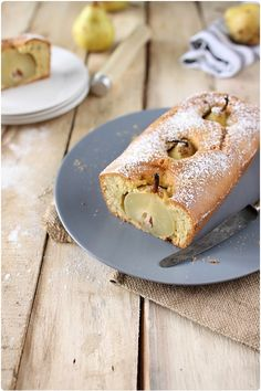 Cake aux poires pochées et gingembre