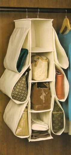 Hanging closet purse organizer with pockets, plus lots of other purse storage id.️ Bags and Purses Handbag Storage, Handbag Organization, Closet Organization, Handbag Organizer, Diy Organisation, Purse Organizer Closet, Organizing Ideas, Hanging Purses, Hanging Closet