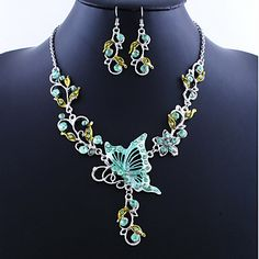$4.99--GREEN---Women's Jewelry Set Drop Earrings Pendant Necklaces European Vintage Costume Jewelry Alloy Butterfly Necklaces Earrings For Party Special 879941 2018 – $4.99