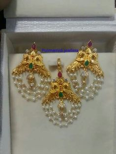 Jewelry Design Earrings, Gold Earrings Designs, Gold Jewellery Design, Jhumka Designs, Beaded Jewelry, Gold Ruby Necklace, Gold Necklaces, Diamond Earrings, Gold Pendent