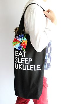 Etsy のUkulele carry bag & ribbon lei(rainbow) /(ショップ名:ukuhappy)
