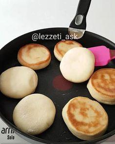Kahvaltı için mini bazlamalar hazırlamak istermisiniz Videoyu sonuna kadar izl...