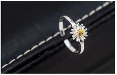 Daisy open 925 Sterling Silver Rings For Women simple fashion gold chrysanthemum Sterling Silver Jewelry Bague Femme  Only $3.62 => Save up to 60% and Free Shipping => Order Now!  #Earrings #Rings #Handmade #Silver Jewelry #Pandora Bracelets #Nature Stone Jewelry #Jewelry #Necklaces #Bracelets