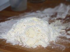Placinta cu mere - Alautul dupa primul fraisage, e inca nisipos Sim, Feta, Ice Cream, Cheese, Desserts, Milling, Sherbet Ice Cream, Deserts, Dessert