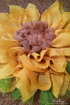 See all the details on how to make a burlap and deco mesh sunflower wreath. This includes a step by step tutorial. Sunflower Burlap Wreaths, Burlap Flowers, Fabric Flowers, Sun Flowers, Burlap Wreath Tutorial, Flower Wall Decor, Deco Mesh Wreaths, Handmade Flowers, Christmas Wreaths