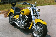Custom Steelers motorcycle Cant wait till mine is covered in steelers! Pittsburgh Steelers Logo, Pittsburgh Sports, Steelers Football, Steelers Stuff, Chuck Noll, Lions Live, Here We Go Steelers, Best Football Team, Football Season