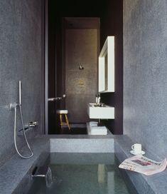 Distrito Capital Mexico / Joseph Dirand Architecture- Skinny bathroom