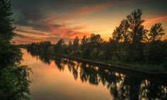Westhafenkanal - The Westhafen Canal, immediately after sunset. Two-shot composite, luminosity masks.