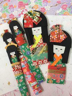 Origami paper dolls Set of 5 / Japanese kimono red green, girl dolls / Handmade embellishment for everyday gift