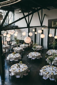 Max Restaurant Wedding with wedding flowers by Stacy K Floral, Captured by Fernando Gonzalez Photographer | Rochester NY Wedding Florist