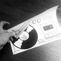 Folding Paper and Drawings Interaction – Fubiz™