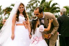 Casamento de dia com luzinhas - Miriane e Renan