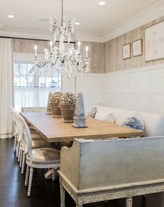 Classic Family Home Dinning Room