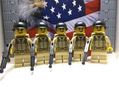 LEGO 5x WWII American Pathfinders June 1944 w/ M1A1s, M1 Helmets & Parachutes #LEGO