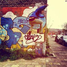 #Street #Art #Skateboarding #Kickflip (c) www.mymodernmet.com